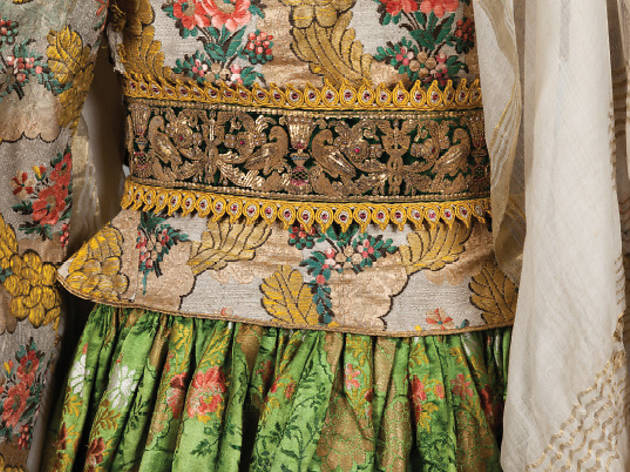 Patterns of Magnificence: Tradition and Reinvention in Greek Women's Costume