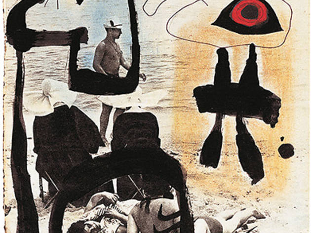 (Joan Fontcuberta, 'L'Artiste et la photographie. Suite Destino' (deux soeurs et un sauveteur invitent une sirène, 1962) / © Joan Fontcuberta)