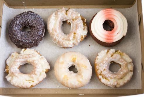 Doughnut or donut?