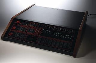 (Beat Box Linn LM1 Drum Computer)
