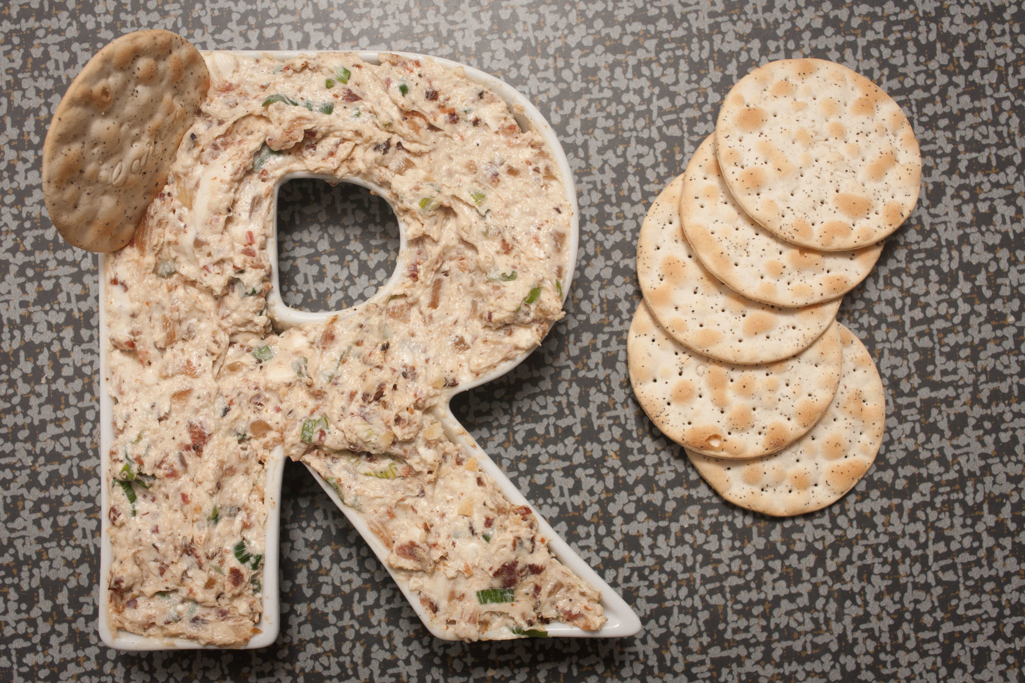 Sable Kitchen & Bar's Heather Terhune shared her recipe for horseradish and applewood smoked bacon dip to eat during Super Bowl 2014.