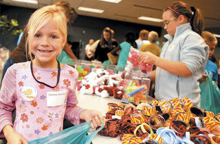 (Photograph: Karen Kitchel-Image provided by Cheerful Givers/VolunteerMatch)