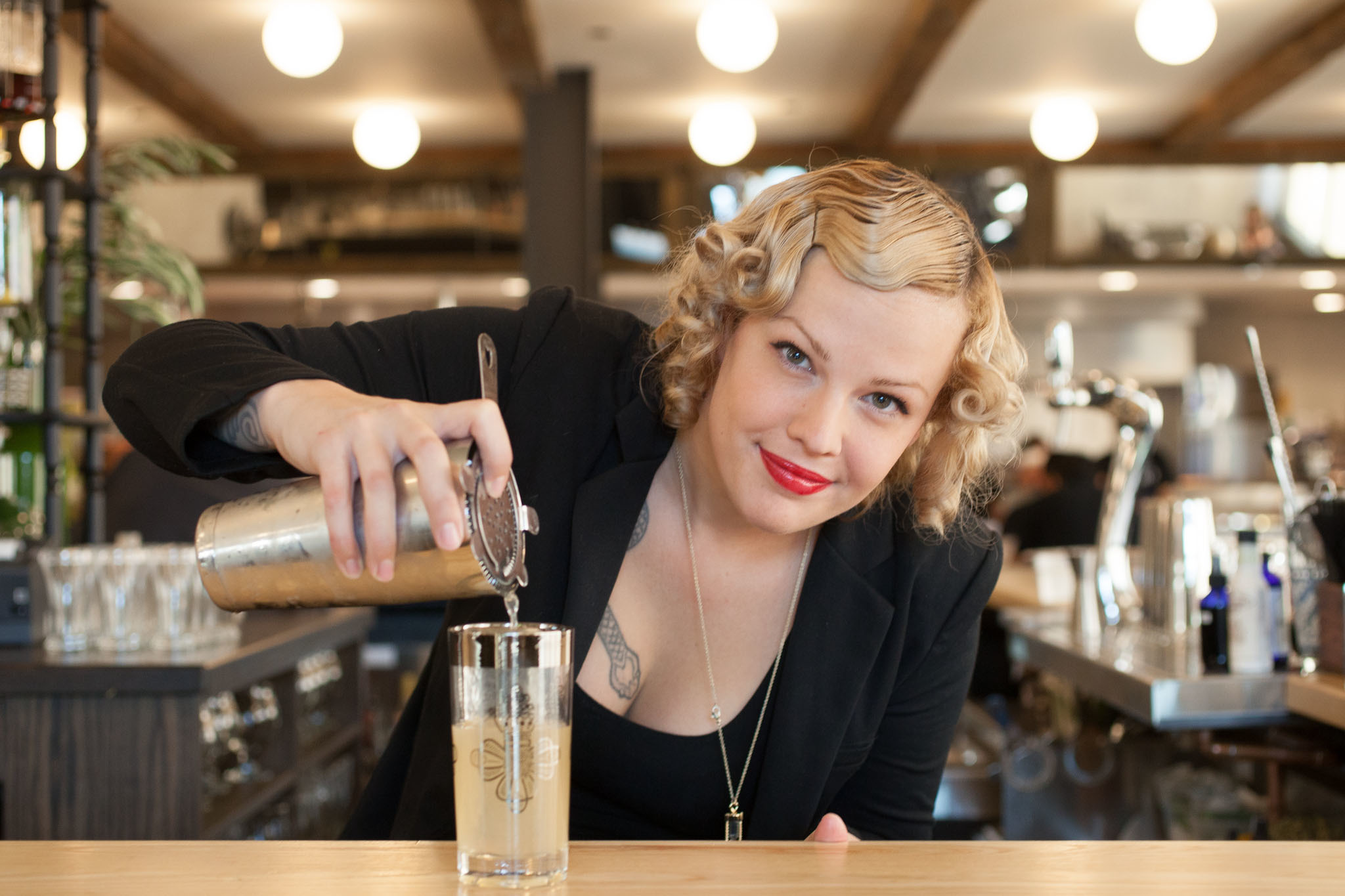 how to become a bartender in chicago