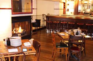 1113.chi.rb.Fireplaces.quartino.jpg