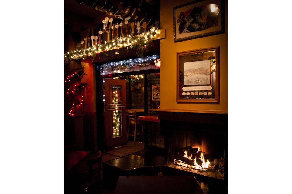 1113.chi.rb.Fireplaces.Sheffields.jpg