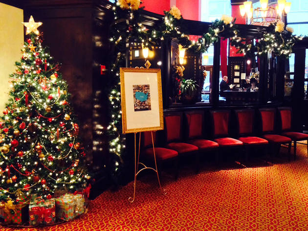 19 the loops atwood cafe is decorated for the holiday season - Chicago Restaurants Open On Christmas