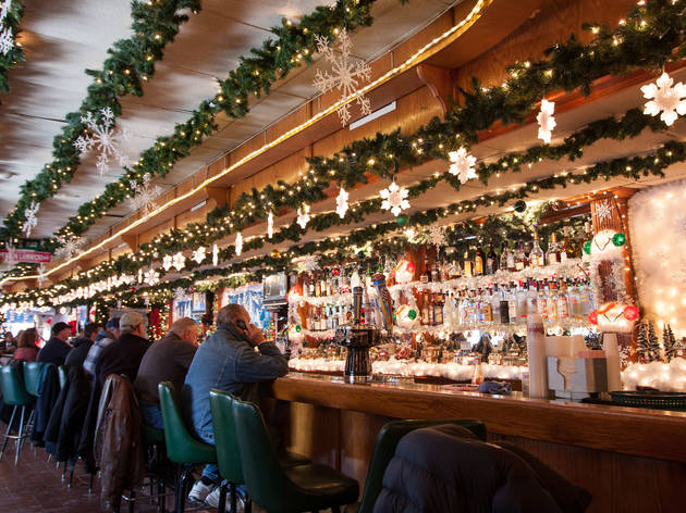 Augie's Booze and Schmooze