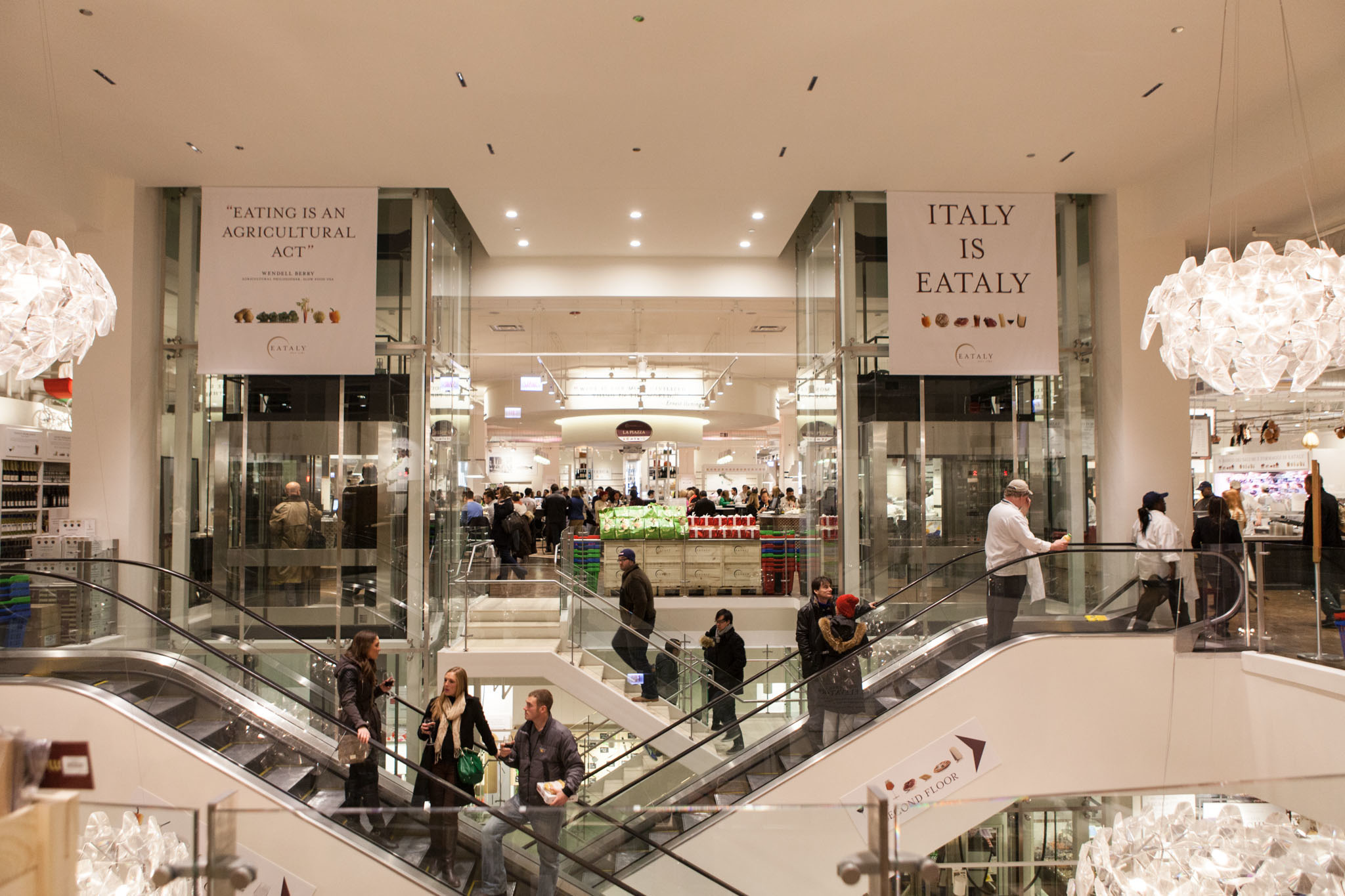 Eataly makes changes to its restaurants
