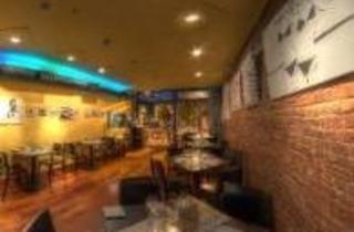 Port-o Lounge & Restaurant