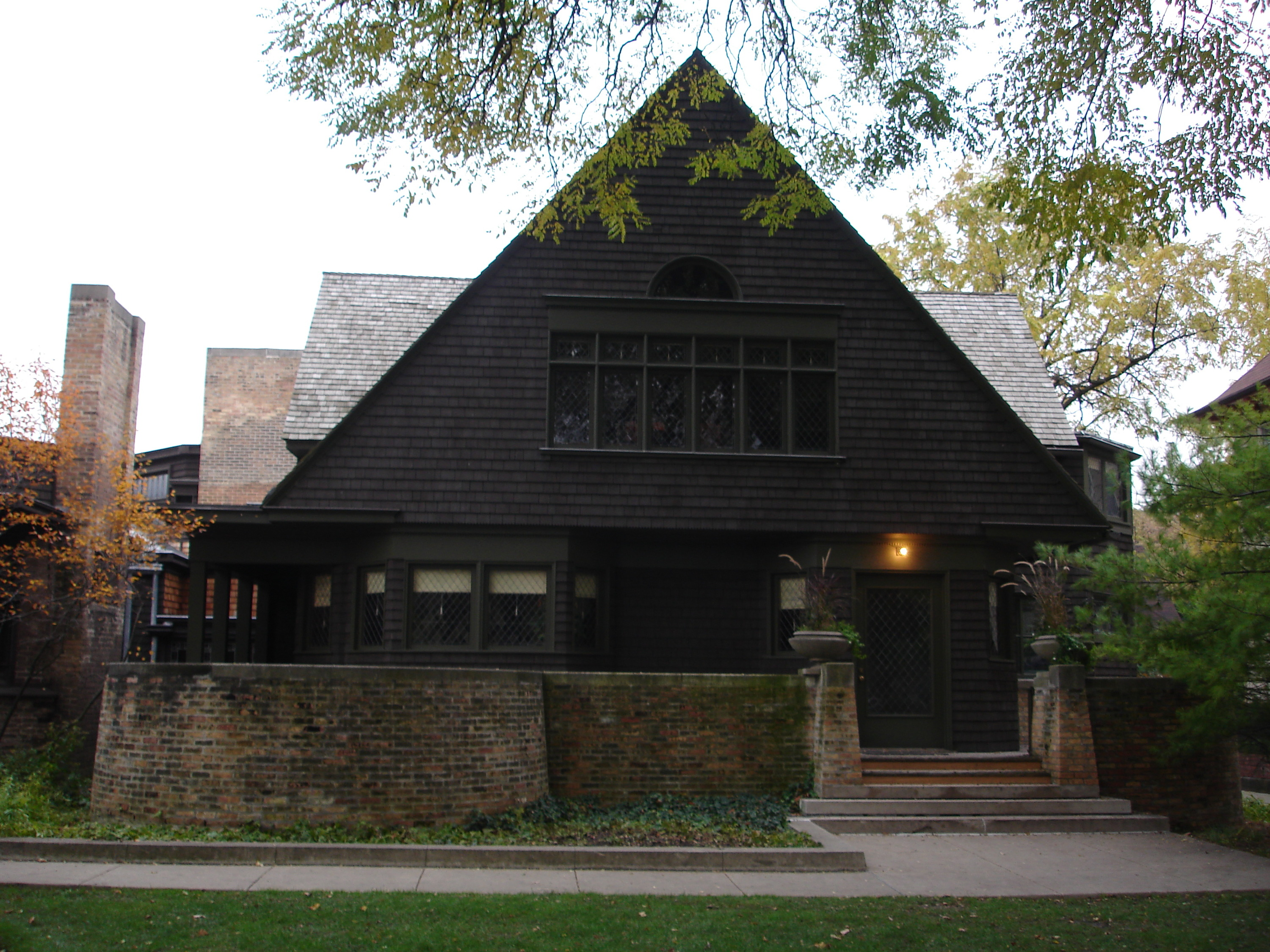 frank_lloyd_wright_home_and_studio_west_side_zoom