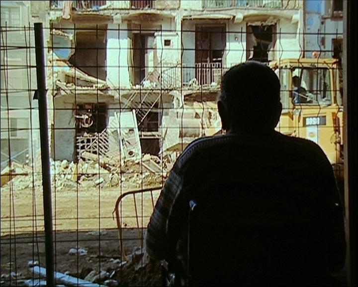 En construcción, José Luis Guerin (2001)