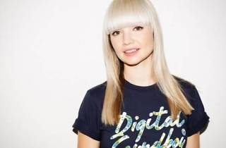 B. Traits + Paul Stone