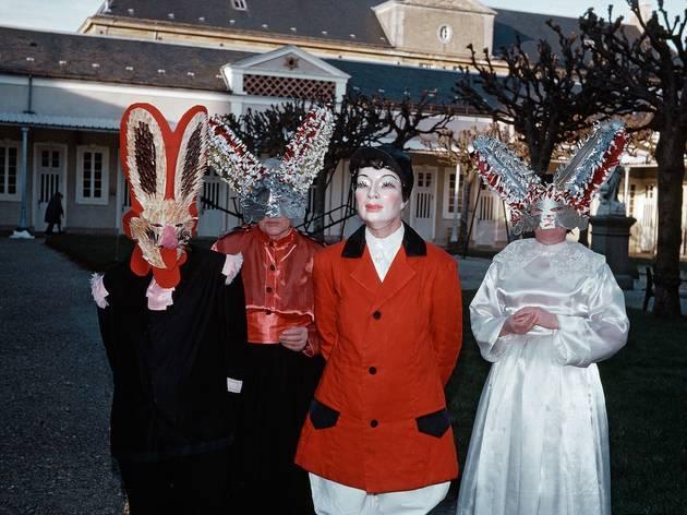 (Photographe inconnu, Bal masqué, hôpital de Picauville (Manche), sans date / Archives Fondation Bon-Sauveur )