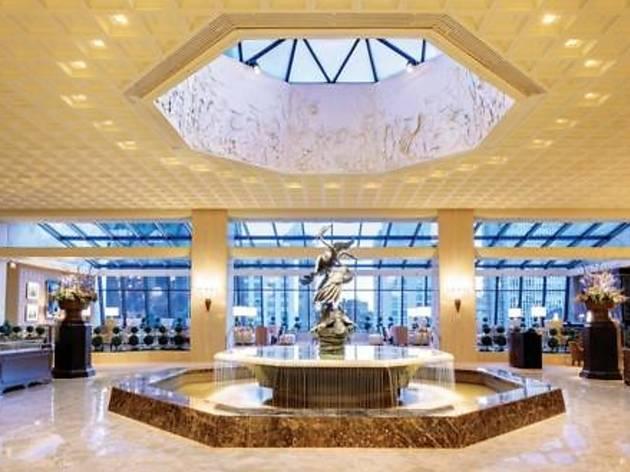 Ritz Carlton Chicago (A Four Seasons Hotel)