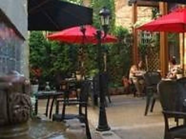 El Mariachi Tequila Bar & Grill