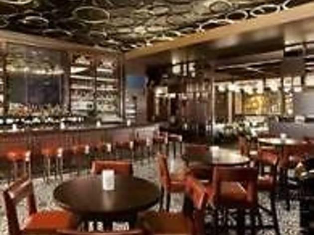 Hugo's Frog Bar & Chop House - Des Plaines