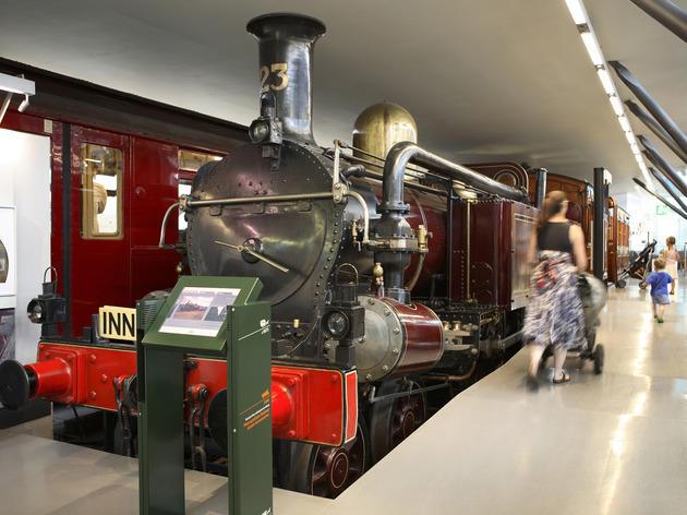 train, London Transport Museum