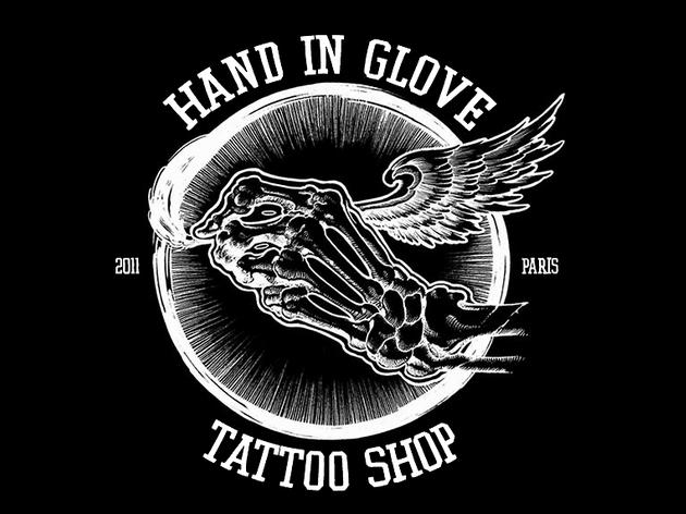 Hand in Glove (© Hand in Glove)