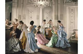 (Photograph: Cecil Beaton; Beaton/Vogue/Condé Nast Archive; courtesy The Metropolitan Museum of Art)
