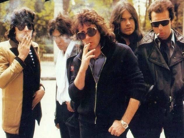 La icónica foto de portada del primer disco de Burning, del año 1978