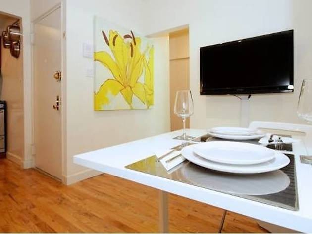 Upper East Side Beautiful 2 Bedroom (CLOSED)