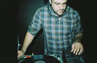 DJ Mimetik