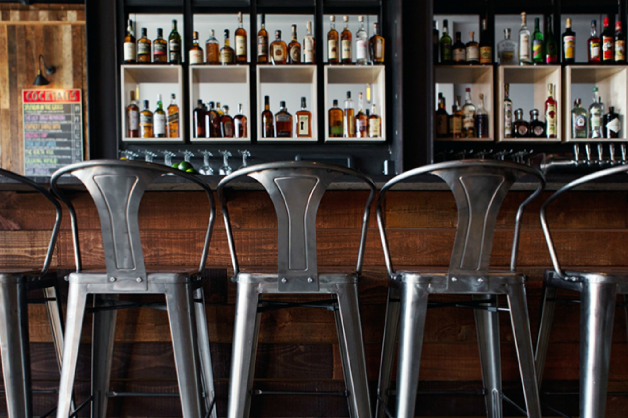 the best whiskey bars in los angeles for top notch drinking plan check