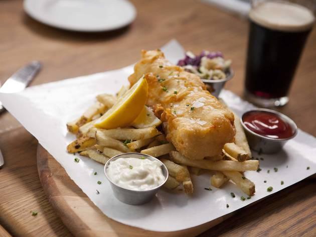 Fish and chips at Tam O'Shanter