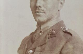 John Gunston (Wilfred Owen, 1916 © National Portrait Gallery, London)