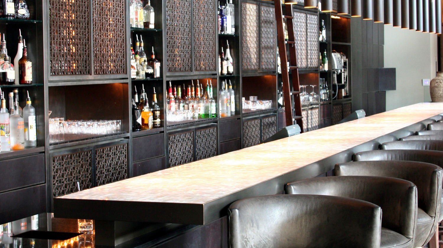 Miami Bars And Lounges Read Reviews And Find Information