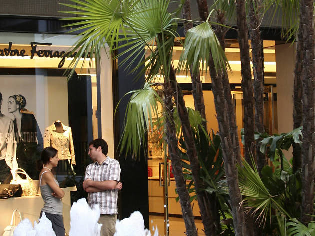 Bal Harbour Shops, Shops and services, Miami