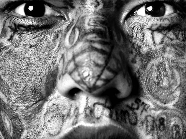 (Isabel Muñoz, 'Portrait de Maras', 2006 / © Isabel Muñoz)