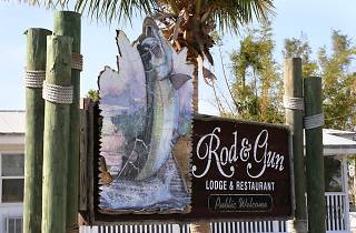 Rod & Gun Club Lodge