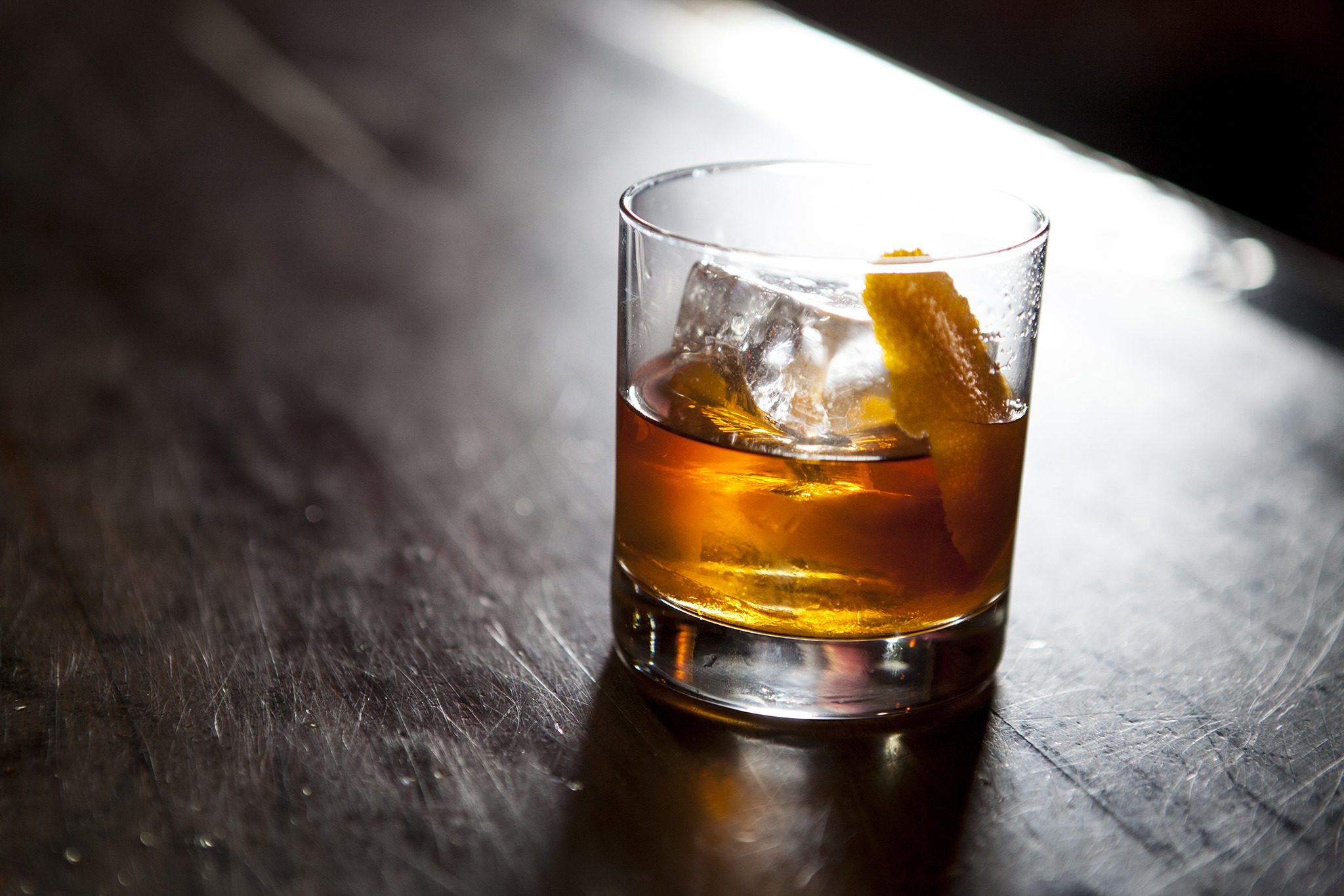 A new drinking app called HOOCH is buying you one cocktail per day