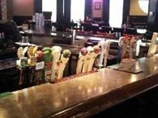 Trax Tavern & Grill [Closed]
