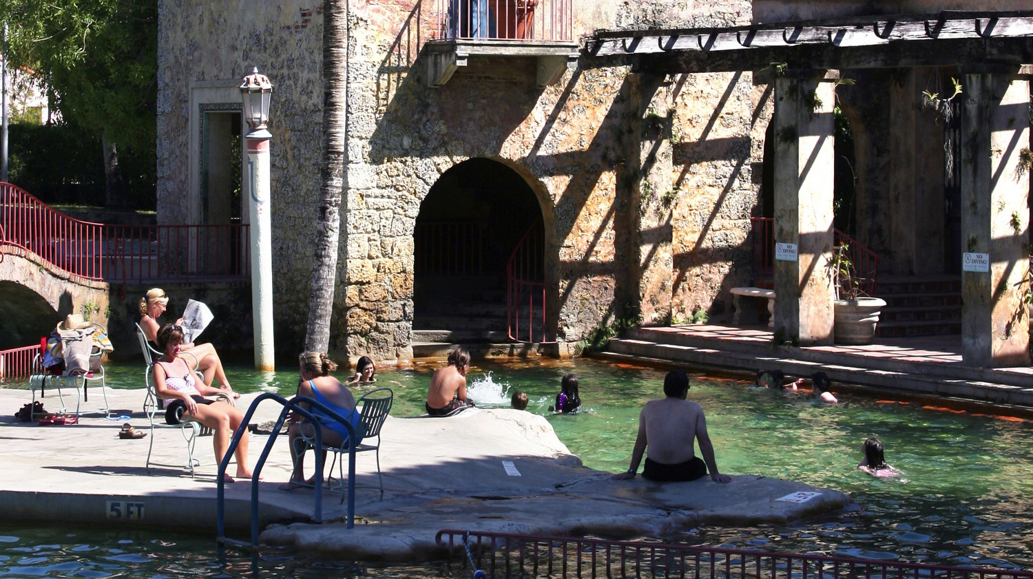 Dive into a corner of Europe at the Venetian Pool