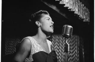 (Billie Holiday, 'Downbeat', New York, 1947 / © William P. Gottlieb)