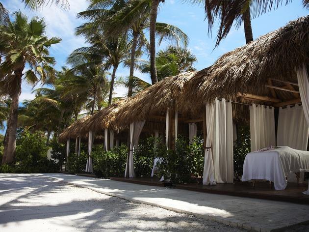 Palms Hotel & Spa