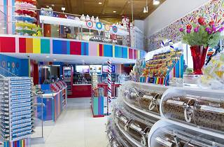 Dylan's Candy Bar, Shops and services, Miami
