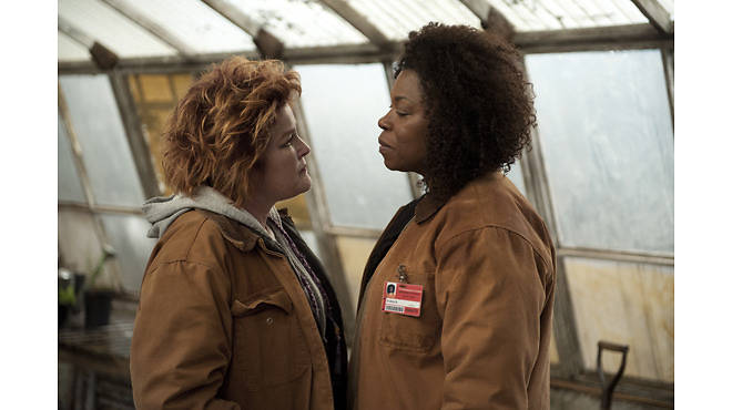 Kate Mulgrew (left) and Lorraine Toussaint (right) in a scene from Netflix's Orange Is the New Black, season two