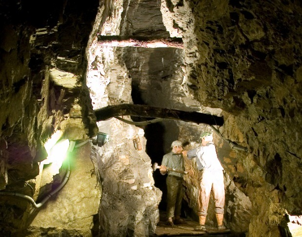 Bellmunt del Priorat Mines and Museum