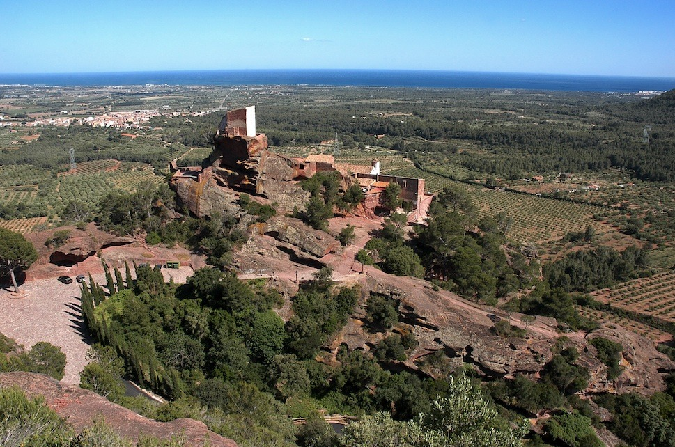 Getaway to the Prades Mountains and the Llaberia Serra