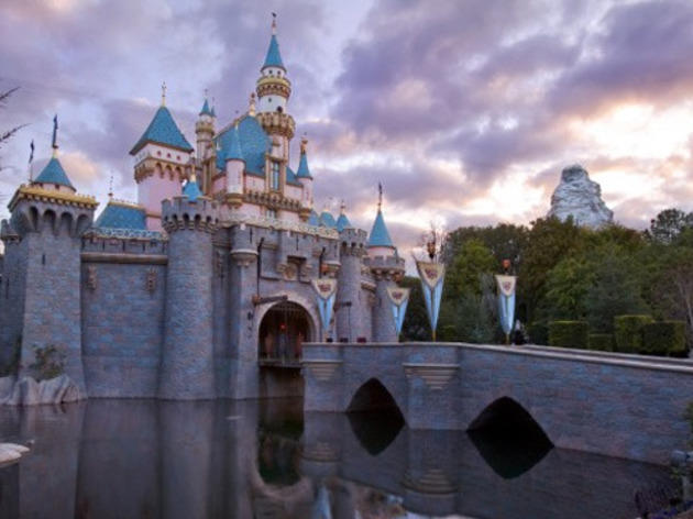 The 8 essential Disneyland tips