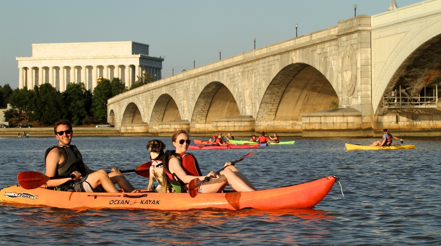 Rock the boat at Key Bridge Boathouse