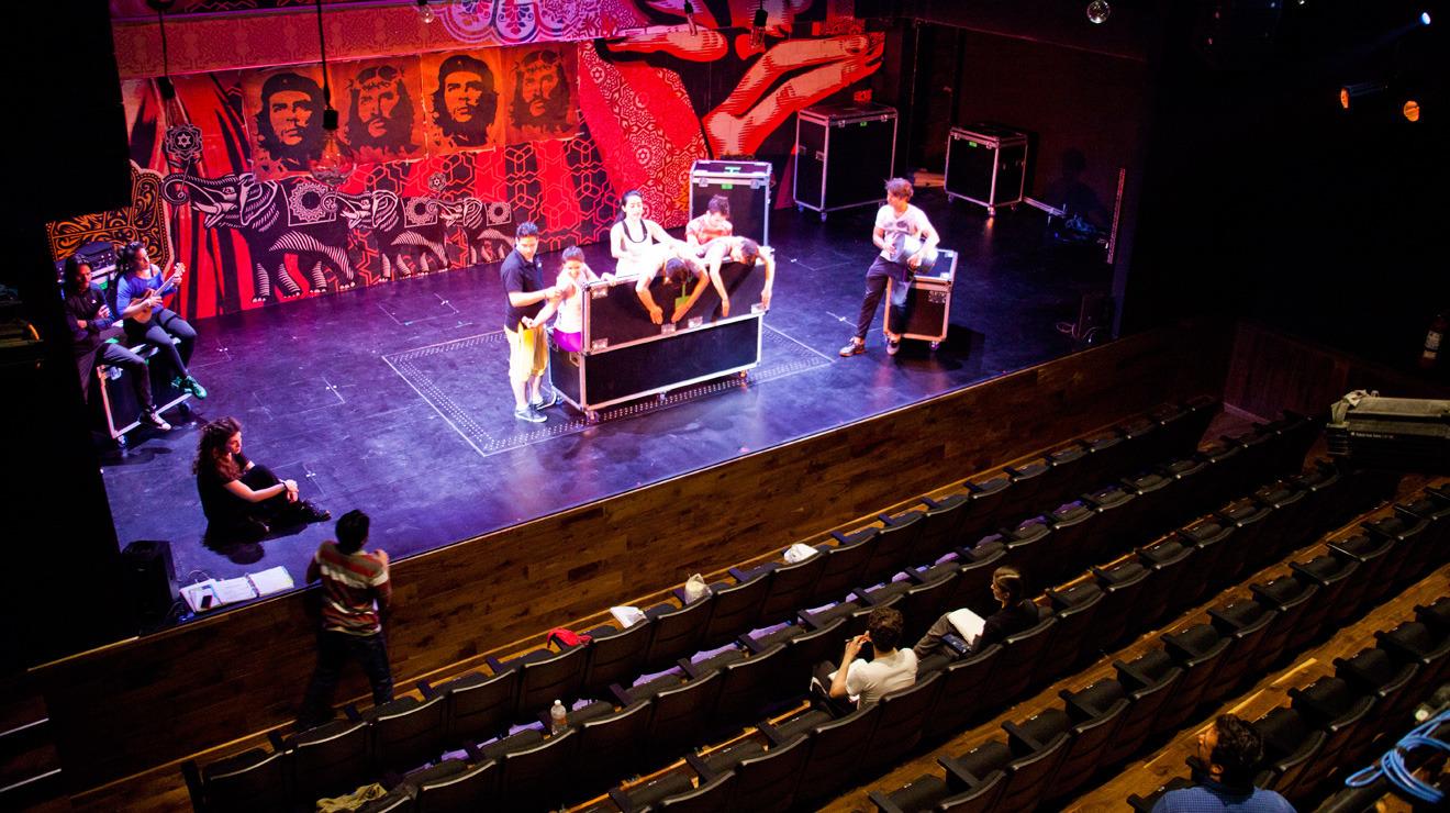 Teatro Milán (Foro Lucerna)