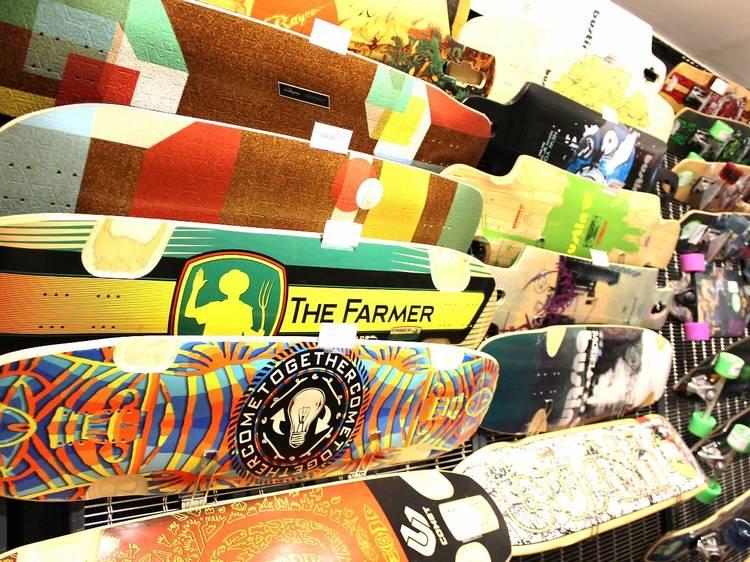 Un skate chez Nomade shop