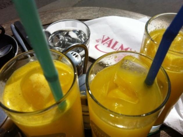 le valmy brunch paris jus fruit orange frais