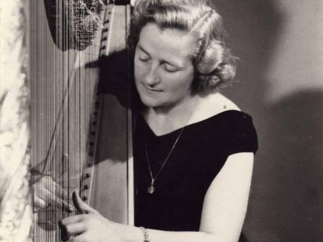 Rosa Balcells, el centenari d'una arpista