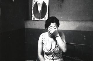 (Kaveh Golestan, Sans titre (série des 'Prostituées'), 1975-1977 / Photographie / Collection Kaveh Golestan Estate, Londres)