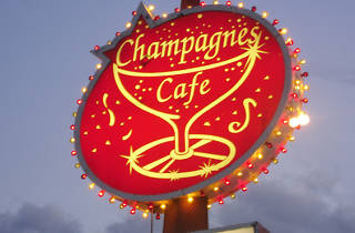 Champagnes Cafe